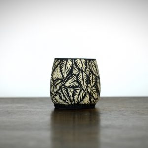 Sgraffito Beech Leaf Pot Small